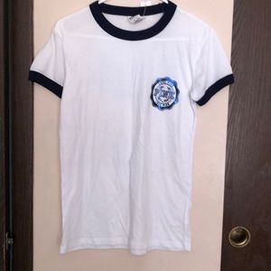 NWT xs pink T-shirt White with blue trim